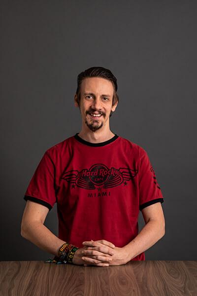 L-mobile Mitarbeiter Simon Skoumal Project Manager