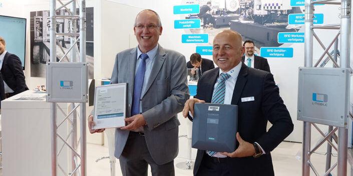 L-mobile Industrie 4.0 Infothekbeitrag L-mobile besiegelt offizielle Partnerschaft mit Siemens Sliderbilder