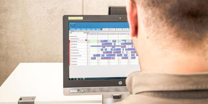 L-mobile Digitales Service Management Infothekbeitrag Teamplanung mit der elektronischen Plantafel von L-mobile