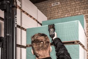 Digitalisierte Lagerlogistik L-mobile warehouse Lagerplatzauszeichnung Long Range Etiketten / retroreflektierende Etiketten