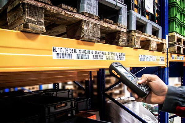 L-mobile Geschäftsfelder Digitalisierte Lagerlogistik Lagerplatzauszeichnung Barcodes